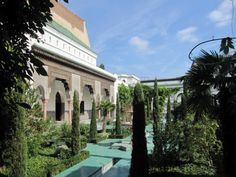 The Paris Mosque or The Great Mosque of Paris - courtyard