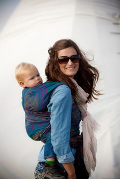 Wrapping for beginners... great tutorials for new wrappers! #babywearing woven wraps