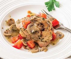 This simple chicken recipe fits our Cutting Carbs lifestyle and is both Keto and Paleo-friendly. Chicken Mushroom Recipes, Easy Chicken Recipes, Chicken Mushrooms, Stuffed Mushrooms, Vegetarian Freezer Meals, Tastefully Simple Recipes, Skillet Chicken, Keto Chicken, Mushroom Dish