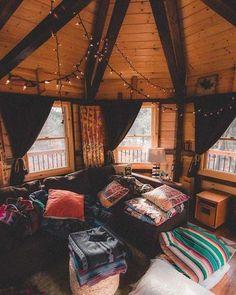 Wohnzimmer Akzent Teppiche Ideen #wohnzimmer #solebeich #solebich  #einrichtungsberatung #einrichtungsstil #wohnen #wohnung #wohnungsdekou2026