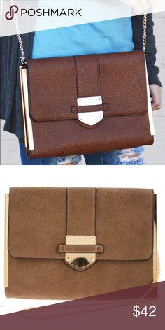 🎀New Arrival🎀 New To Me Purse Faux leather shoulder bag 11.75(L) x 2.25(W) x 8.5(H) inch Button closure Zipper pocket inside Boutique Bags Clutches & Wristlets