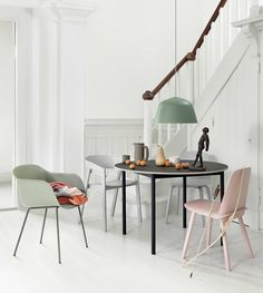 Scandinavian dining room interior inspiration from Muuto: The Fiber Armchair is made from an innovative wood fiber composite with up to wood fibers for a tactile expression and matte touch. Scandinavian Interior Design, Decor Interior Design, Room Interior, Nordic Design, Dining Room Inspiration, Interior Inspiration, Interior Ideas, Design Inspiration, Muuto