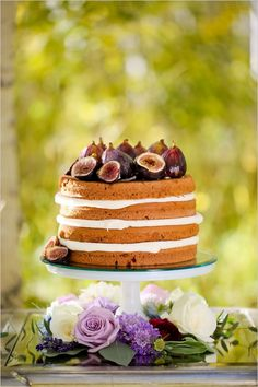 major trend:  naked cakes!  naked cake topped with figs http://www.weddingchicks.com/2013/12/12/gold-and-purple-wedding-ideas/