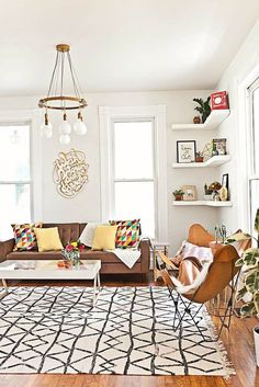 moroccan rug and leather butterfly chair
