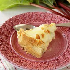 Raparperipiiras vaniljakreemillä Sweet Pie, Margarita, Food Inspiration, Gelatin, Tart, Cheesecake, Deserts, Dessert Recipes, Pudding