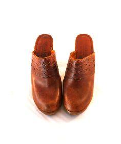 64de892e2435b 81 Best Vintage Wooden Clogs Shoes images in 2017 | Wooden clogs ...