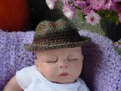 I think that this crochet fedora for babies just might be the cutest thing I've ever seen! It's by LifeEnergyTherapy.