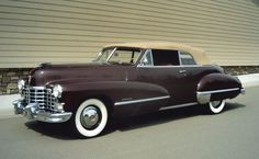 Services include auctions, restoration, appraisals, collection advice, private treaty and estate sales. We offer the world's finest cars to the most discerning collectors. Cadillac Eldorado, Cadillac Escalade, Cadillac Ct6, Vintage Cars, Antique Cars, Convertible, Cadillac Series 62, Gmc Trucks, Expensive Cars