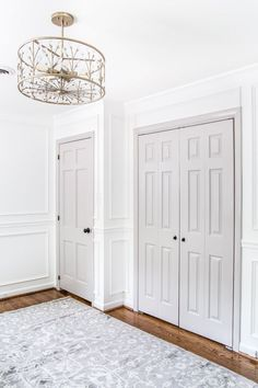 A round-up of taupe and gray trim paint inspirations for a modern-meets-classic look and the best paint colors to pull it off. Decor, Painted Interior Doors, House Interior, Interior, Vintage Style Furniture, Best Paint Colors, Nursery Makeover, Home Decor, Doors Interior