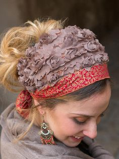 """Thanks for the kind words! ★★★★★ """"Love it! Another lovely hairband in our collection. Thank you Sarah."""" yaseminyasmin39 https://etsy.me/2Gj0Gyn #etsy #accessories #hat #gold #wedding #thanksgiving #red #chemo #haircovering #greentichel"""