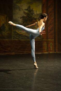 Kristina Shapran at the Grand Prix of the Mikhailovsky Theatre 2010 ♥ Wonderful! www.thewonderfulworldofdance.com #ballet #dance