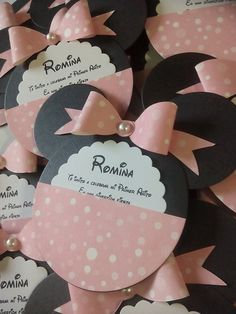 Invitaciones minnie mause in 2019 Minnie Mouse First Birthday, Minnie Mouse Baby Shower, Baby Mouse, Minnie Mouse Party, Mouse Parties, First Birthday Parties, First Birthdays, Birthday Invitations, Birthday Cards