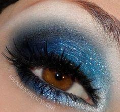 Maquillaje de Ojos con Brillo 15