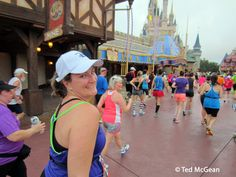 H and Cinderella's Castle 2014 Disney World Half Marathon #wdwhalfmarthon #DisneyWorld #MagicKingdom #CinderellaCastle
