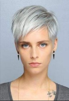 30 Very Short Haircuts You Have to See in 2019 - Style My Hairs Very Short Haircuts, Cool Short Hairstyles, Haircuts For Fine Hair, Pixie Hairstyles, Short White Hair, Short Hair With Layers, Short Hair Cuts, Short Hair Styles, Hair Makeup