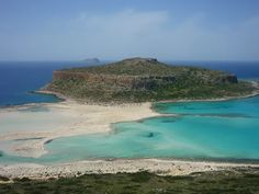 Discover the world through photos. Beaches In The World, Countries Of The World, Creta, Greek Isles, Turquoise Water, Wilderness, Backdrops, Beautiful Pictures, Around The Worlds