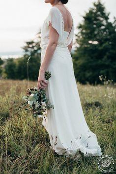 100% természetesség, Pálfy Bíbor ruhában! W Dresses, Wedding Dresses, Fashion, Bride Dresses, Moda, Bridal Gowns, Fashion Styles, Wedding Dressses