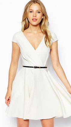 Voluminous looks with cinched waists are very flattering to any figure. The easiest way to accomplish this look is with a belt to draw the fabric -- and the eye -- in. Our pick: ASOS Closet Deep V Belted Skater Dress, $108. via StyleListCanada