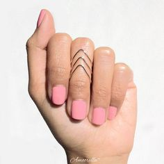 Hey, I found this really awesome Etsy listing at http://www.etsy.com/listing/159759023/rose-gold-chevron-knuckle-rings-3-piece