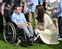 Vojvodkyňa Kate nemá zábrany, porušila pravidlá: Intímnosti s Williamom, videla toto kráľovná Alžbeta?   Casprezeny.sk
