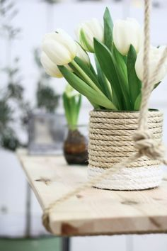 Rope decor idea on tin can vase