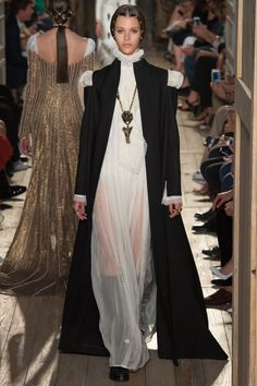 Click Image For All The Secrets To Attract Women! Valentino Fall 2016 Couture Fashion Show - Pauline Hoarau (Elite)