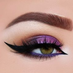 30 Purple Smokey Eye Makeup Ideas to Open the Party Season Purple Smokey Eye for Green Eyes picture 2 - Das schönste Make-up Smoke Eye Makeup, Eye Makeup Steps, Hooded Eye Makeup, Eye Makeup Art, Eyeshadow Makeup, Makeup Tips, Makeup Ideas, Makeup Tutorials, Eyeliner