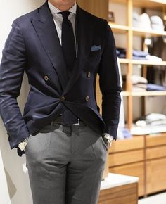 Best Mens Fashion, Mens Fashion Suits, Mens Suits, Blue Blazer Outfit, Style Costume Homme, Mode Costume, Herren Outfit, Suit And Tie, Gentleman Style