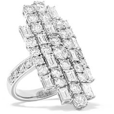 Anita Ko Cluster 18-karat white gold diamond ring ($19,050) ❤ liked on Polyvore featuring jewelry, rings, 18k white gold ring, diamond rings, cocktail rings, round cut rings and 18k diamond ring