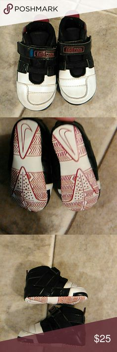 Infants size 3c LeBron James shoes Infants size 3c LeBron James shoes in excellent used condition from a smoke-free home Nike LeBron James Shoes Baby & Walker