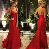 Prom Dresses Simple, Fashion V Neck Red Prom Dresses Sexy Evening Dresses, A long dress makes an elegant statement at any formal event whether it is prom, a formal dance, or wedding. Sexy Evening Dress, Formal Evening Dresses, Formal Gowns, Red Evening Gowns, Red Gowns, Formal Wear, Mode Hipster, Sexy Dresses, Fashion Dresses