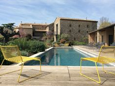 Combining boutique hotel and luxury guest house, La Maison d'Ulysse is located at the crossroads of Provence, Languedoc and the Cevennes Small Boutique Hotels, Small Luxury Hotels, A Boutique, Best Hotels, Amazing Hotels, Langres France, Hotels In France, South Of France, Visit France