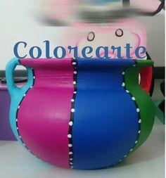 Clay Flower Pots, Flower Pot Crafts, Clay Pot Crafts, Bottle Painting, Bottle Art, Plant Painting, Painted Plant Pots, Painted Flower Pots, Diy Crafts Hacks