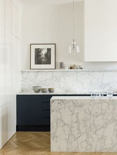 46 Most Popular Modern Kitchen Design Ideas. Why do you need modern kitchen design ideas? It can be very easy to have a home and decorate it. Best Kitchen Designs, Modern Kitchen Design, Interior Design Kitchen, Home Design, Marble Kitchen Interior, Modern Design, Kitchen Tiles, New Kitchen, Kitchen Decor
