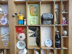 a printer tray with a very cool collection - Tazas & Cuentos