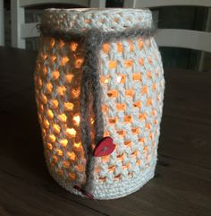 Jam Jar turned into a lantern Easy to make and a great gift!