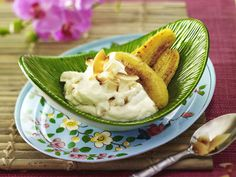 Gebratene Bananen mit Zitronengras-Kokos-Creme