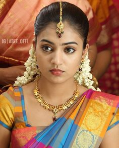 Nazriya nazim in Silk saree South Indian Actress Photo, Nazriya Nazim, Romantic Girl, Small Necklace, Stylish Girl Pic, Indian Beauty Saree, Indian Sarees, Silk Sarees, South Indian Bride