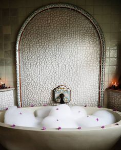 Back home now but still thinking about this dreamy bubble bath set up by my butler at @oneandonlypalmilla  Yes those are fresh flowers he picked from the garden just for my bath even at 7am!  #gctravel #oneandonlypalmilla