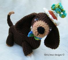 Simply Cute Dachshund Dog via Craftsy