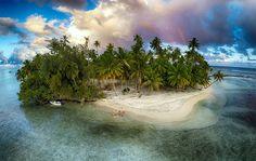 1 Island, 1 Drone Y 4 mejores amigos