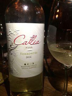 Detox, Bottle, Fitness, Wine Guide, Wine Chart, Drink Specials, White Wines, Sparkling Wine, Wine