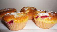 Çilekli Muffin, Çilekli Kup Kek Strawberry Cup Cake, Strawberry Muffin www.gulselim.com