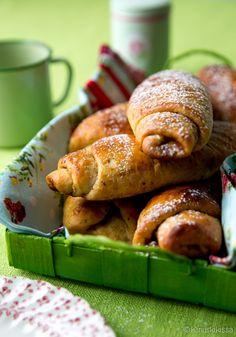 Kinuskikissan kanelirullat #leivonta #resepti #pulla #kaneli