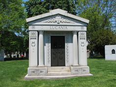Mausoleum of Lucky Luciano