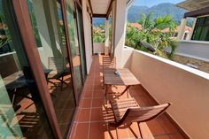 Self Contained Suite Batu Ferringhi HomeStay Small Living, Living Area, Batu Ferringhi, Staircase Landing, Ensuite Bathrooms, Large Homes, Digital Nomad, Queen Size Bedding, Other Rooms