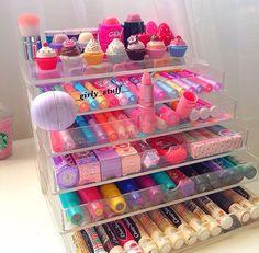 Makeup organization diy ideas lip balm 67 Ideas for 2019 Makeup Kit, Skin Makeup, Body Makeup, Makeup Brushes, Makeup Ideas, Makeup Holder, Makeup Stuff, Makeup Tutorials, Beauty Makeup