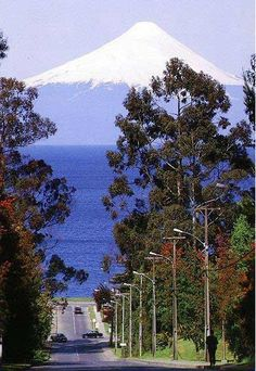 frutillar chile with Volcan Osorno in the background Beautiful Places In The World, Wonderful Places, South America Travel, Places To See, Landscape Photography, Scenery, Countries, Funny Travel, Ushuaia
