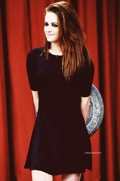 Kristen Stewart on Jimmy Fallon - November 2012