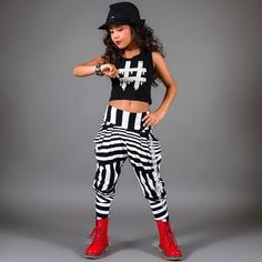 New Clothes Dance Hip Hop Harem Pants Ideas Dance Hip Hop, Hip Hop Dance Outfits, Dance Costumes Kids, Hip Hop Costumes, Hipster Outfits, Trendy Outfits, Street Dance, Estilo Hip Hop, Dance Wear Solutions
